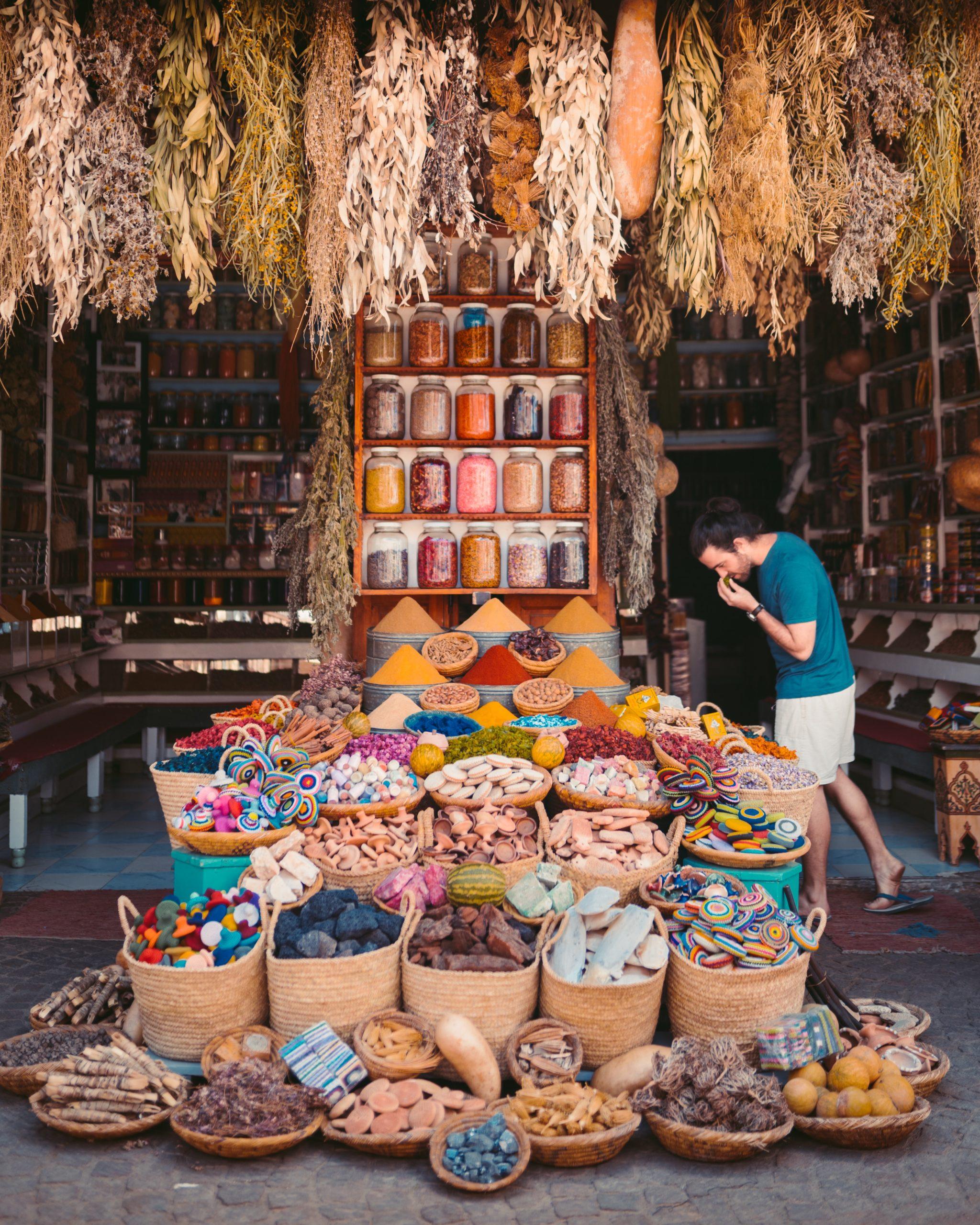 Mercado com comidas típicas do Egito